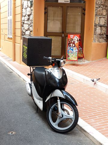 pizza delivery motorcycle