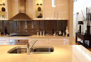 Modern kitchen with kitchen splashbacks made from Sydney